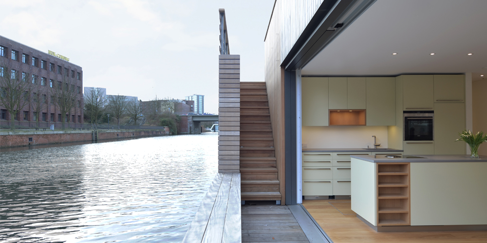 architekten rost niderehe neubau hausboot auf dem mittelkanal i hamburg. Black Bedroom Furniture Sets. Home Design Ideas